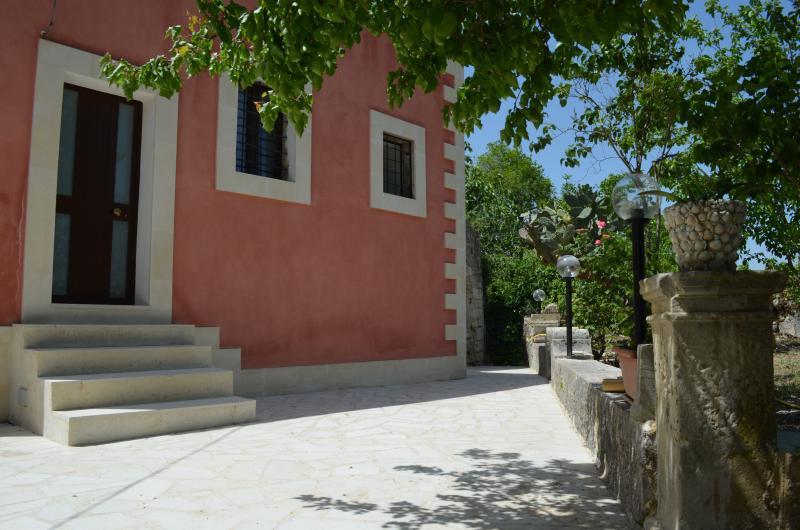 Antico Casale Pizzo, holiday rental in Giarratana
