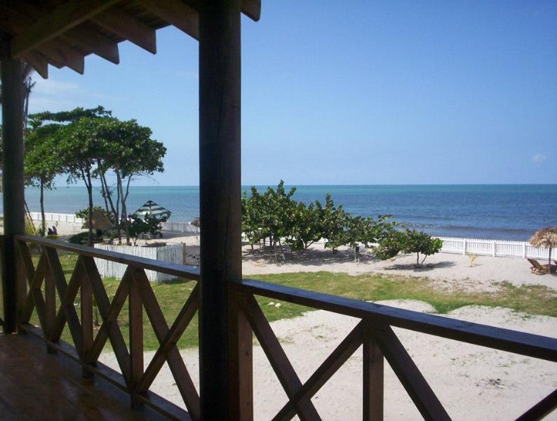 hotel Old bucanners, vacation rental in La Ceiba