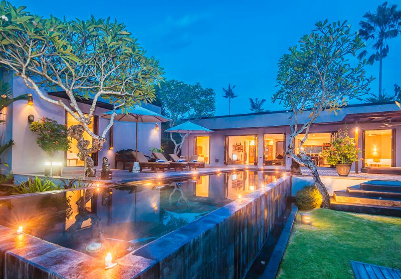Villa Kotak is beautifully lit at night