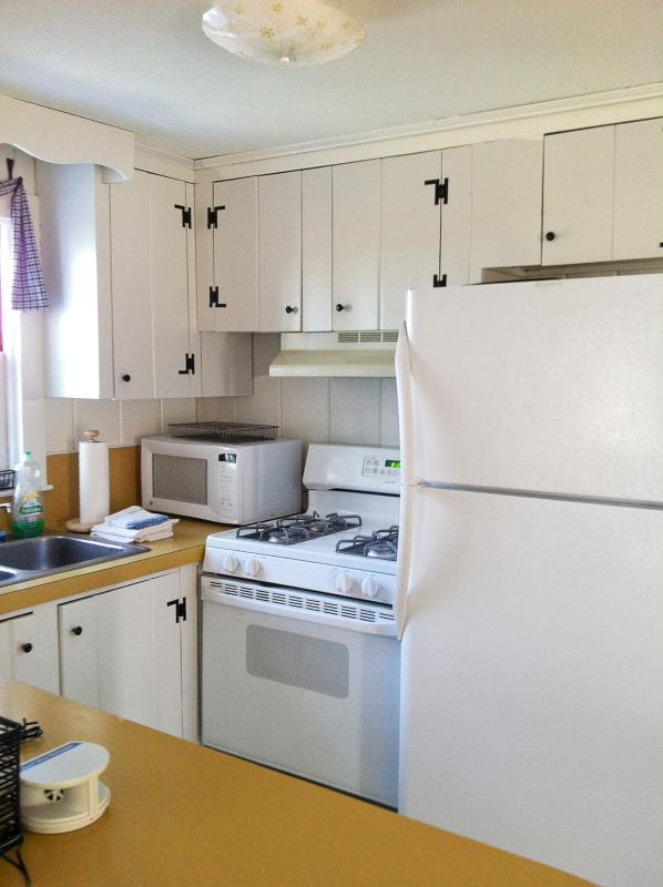 cucina ..seating for6..microwave, frullatore range..coffee gas 30 pollici maker..toaster completamente attrezzata