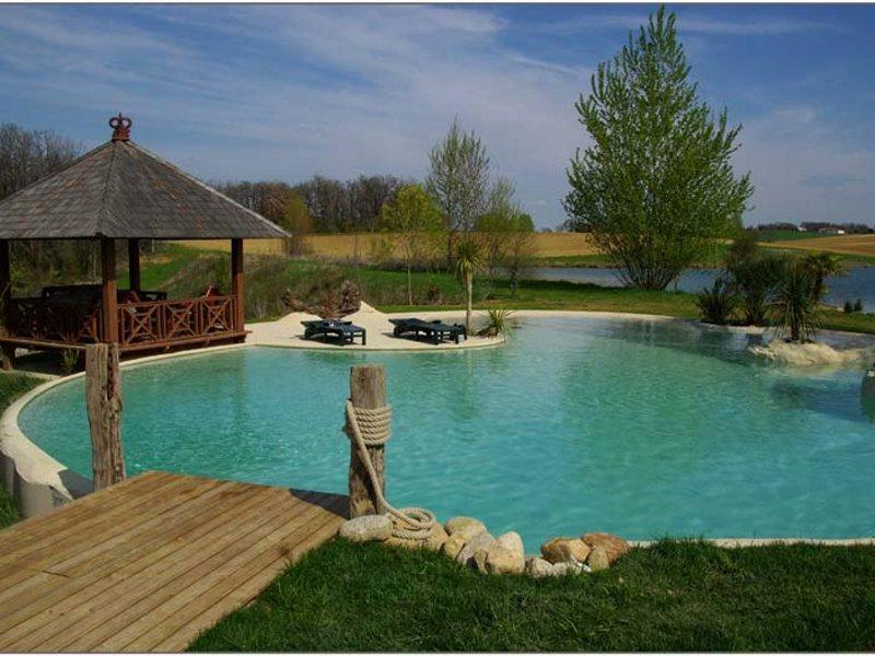 Bed & Breakfast The Lake of Crivito, holiday rental in Villenouvelle