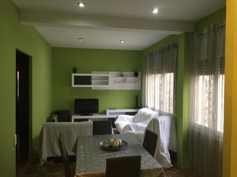 CASA CERCA RIO EBRO, vacation rental in L'Eucaliptus