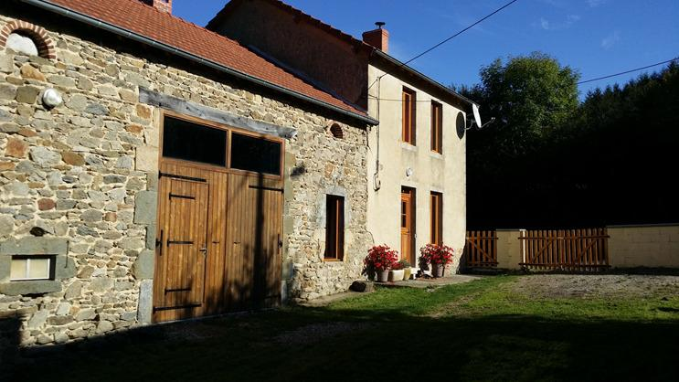 Country home with a beautiful view, holiday rental in Virlet
