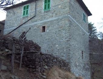casa in borgo medioevale, holiday rental in Bagnone