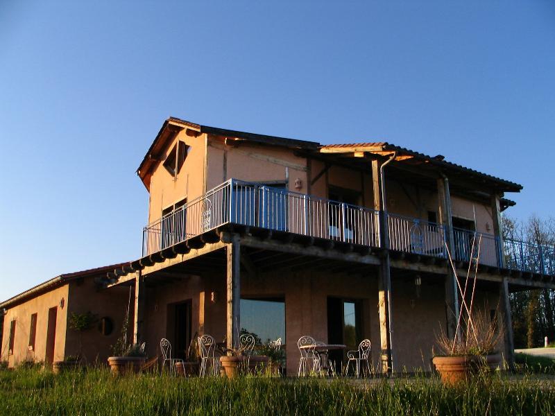 Chambre Jaune, location de vacances à Peyzac-le-Moustier