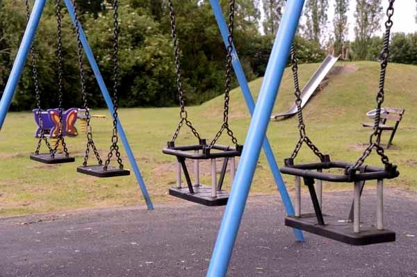 Children's recreation ground nearby