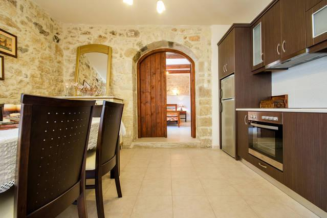 Cretan Authentic Traditional Stone House!, vacation rental in Amoudara