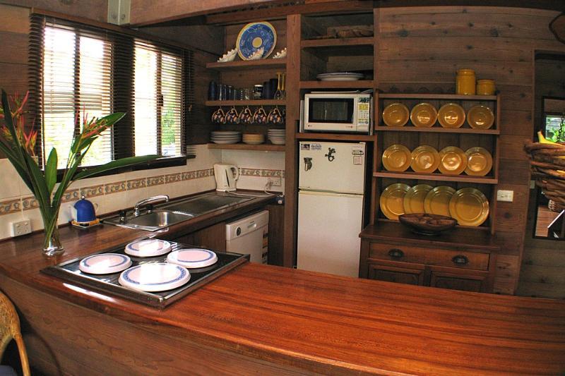 Banfield 4 - Kitchen