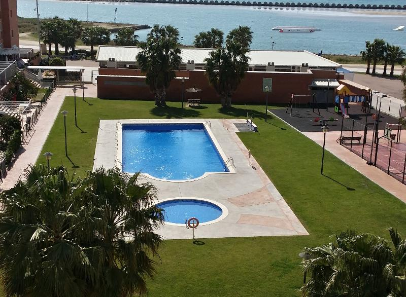 APARTAMENTO CUBELLES, vacation rental in Cubelles