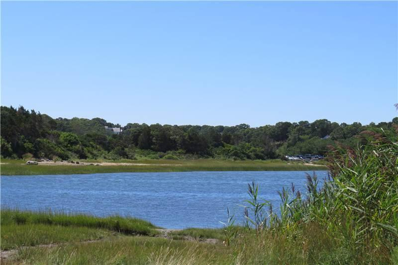 100 yards to water, Near Nauset beah