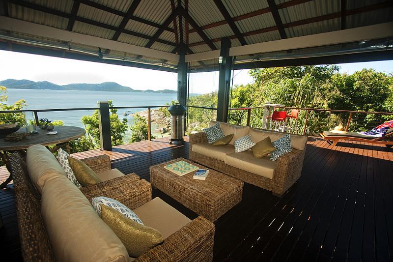 Bedarra Beach House-Salón de veranda