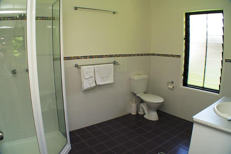 Yamacutta House -Bathroom