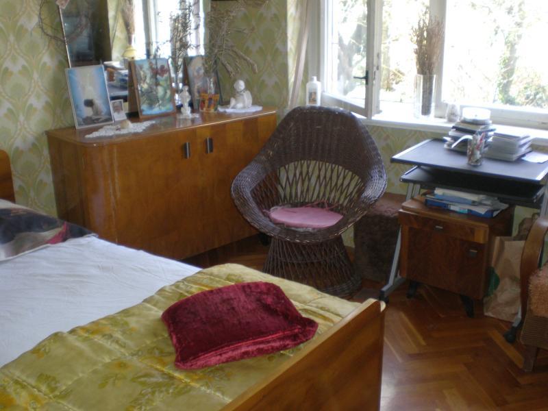 Schlafzimmer-Doppelbett