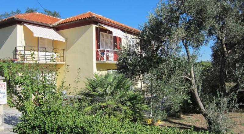 Apartment Sanja, location de vacances à La ville de Rab