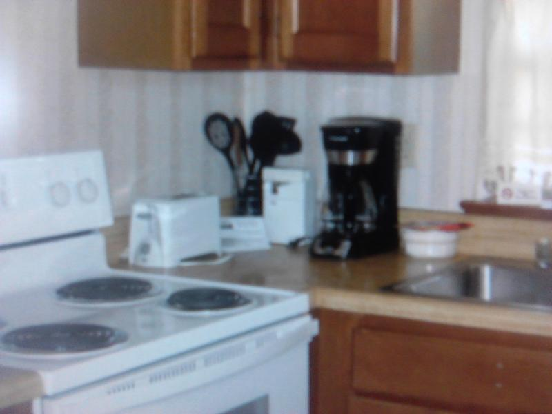 1 Bedroom Condo in the Suburbs of New Orleans, holiday rental in Covington