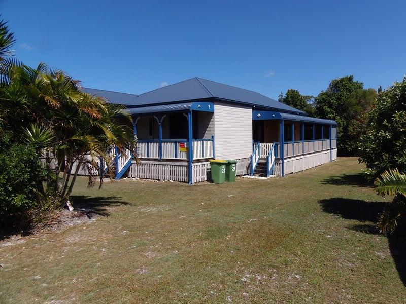 Cooloola Cottage - Rainbow Beach, vacation rental in Gympie Region