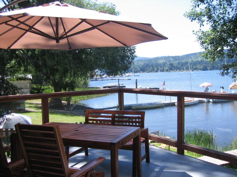 SLVR - The Lake House, vacation rental in Duncan