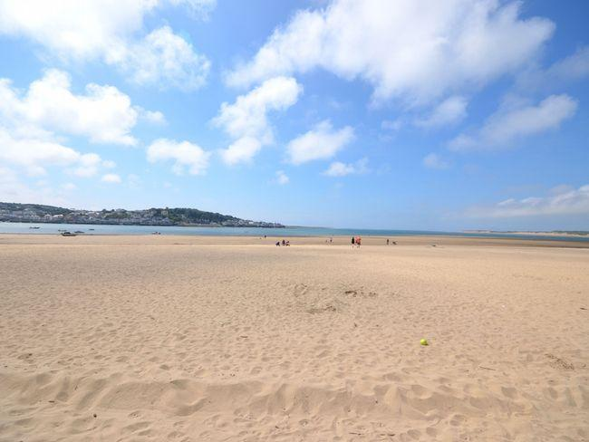 Just a short stroll to Instow beach