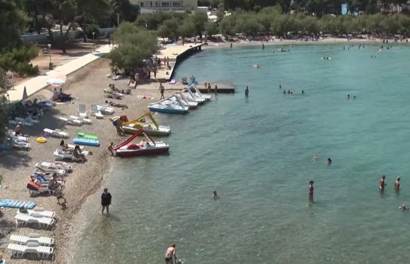 Best location in Supetar, Beach nearby - less than 10 minutes of walk