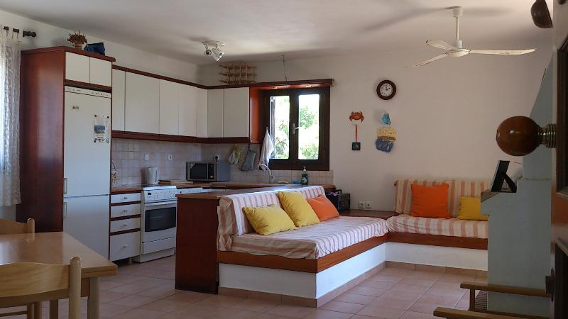Villa Emilion, holiday rental in Kosta