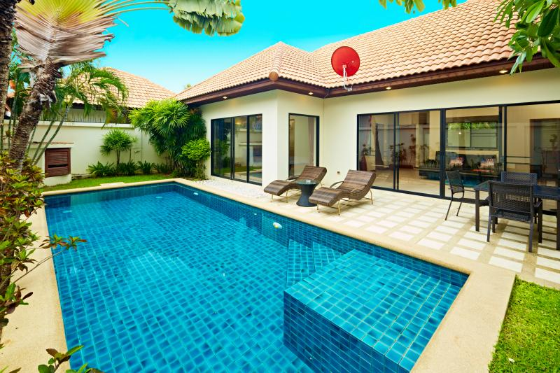 View Talay Villa Jomtien Beach,GREAT LOCATION!, holiday rental in Jomtien Beach