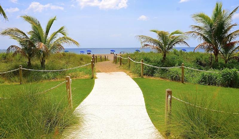 beach access - Pompano Beach