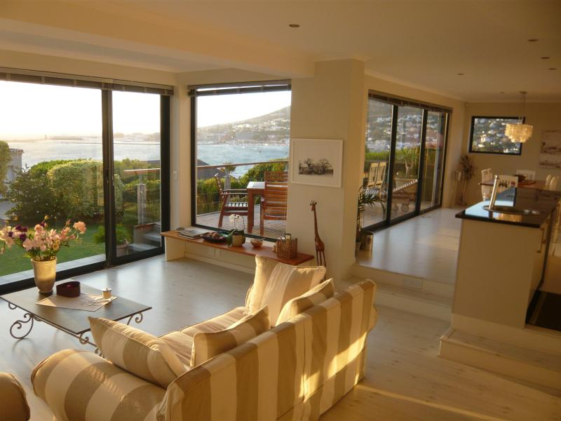 Marine View Villa, holiday rental in Simon's Town