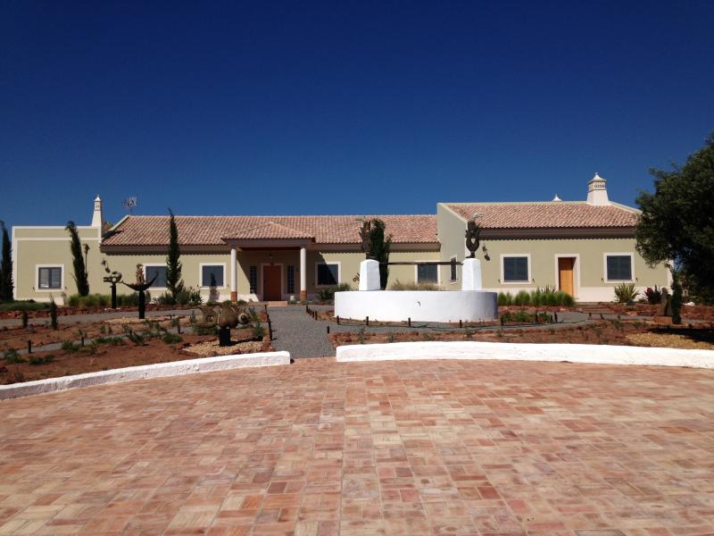 Espargosa Birdwatching Resort, vacation rental in Castro Marim