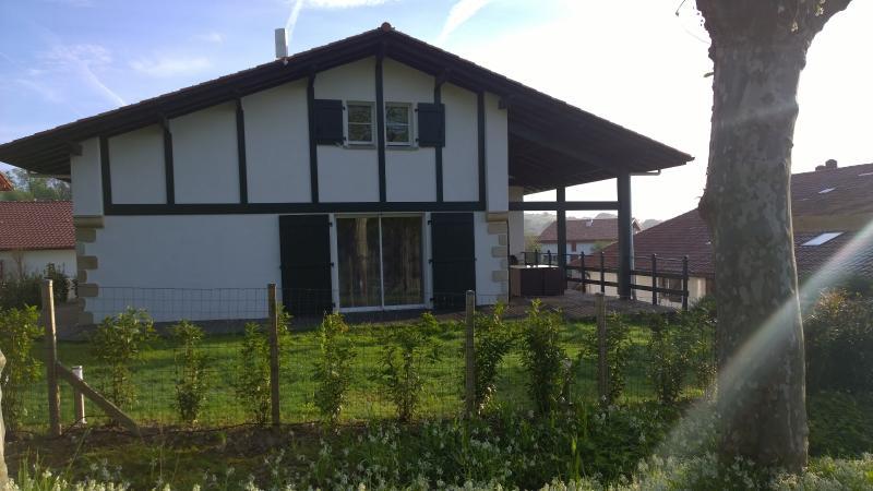 Maison Aice Egoa 14 à 16 personnes à 300 mètres du village de Sare