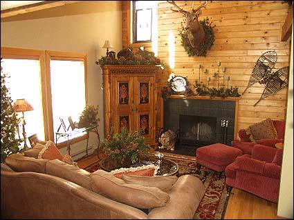 Beautiful Living Area - Professionally Decorated