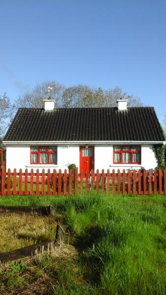 Hannahs Cottage, holiday rental in Farranfore