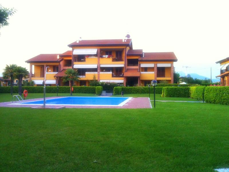 Residence and swimming pool from the park