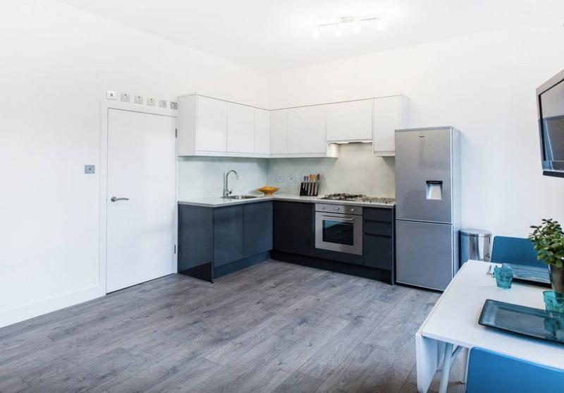 Lovely open plan living area with fully equipped kitchen