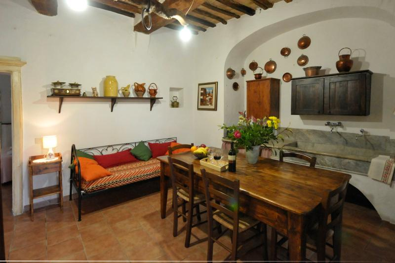 Antica dimora, holiday rental in Monteroni d'Arbia