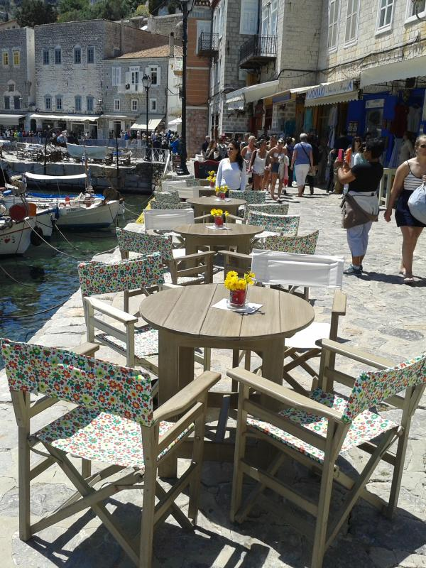Lovely cofee shop in the main harbor of Hydra