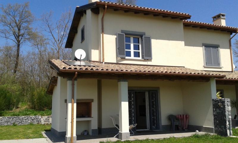 villa bifamiliare in prossimità campo di golf, vacation rental in San Lorenzo Nuovo