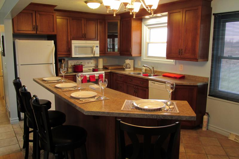 Open Concept Kitchen and Dining Areas Provide for a Relaxing Atmosphere