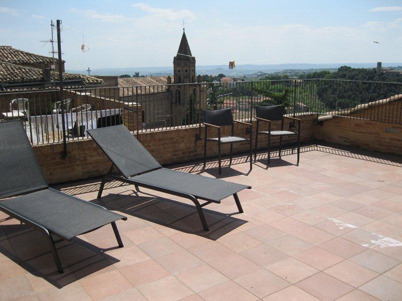 Palazzo del Bono, vacation rental in Castelli