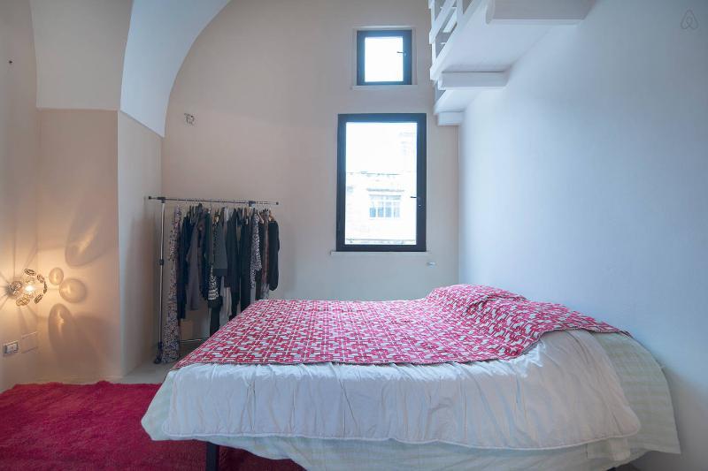 camera da letto primo piano