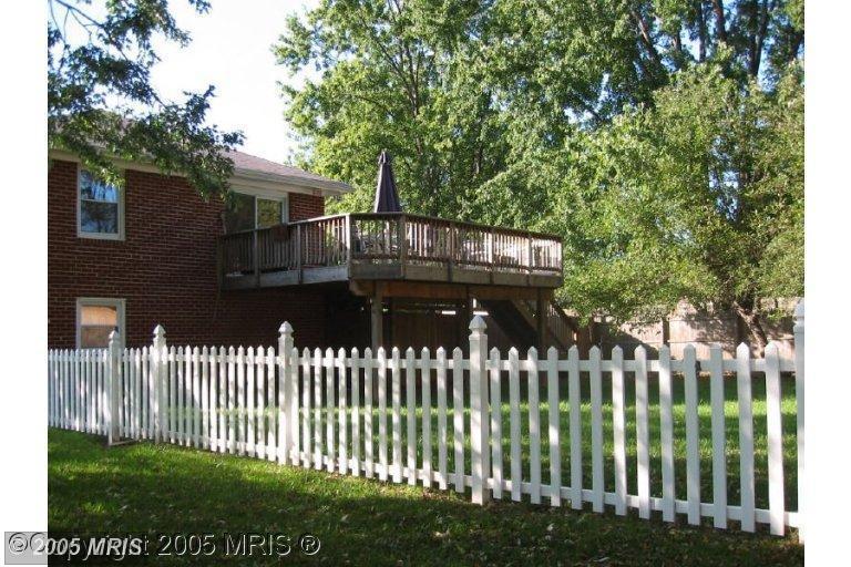 Side yard showing upper deck