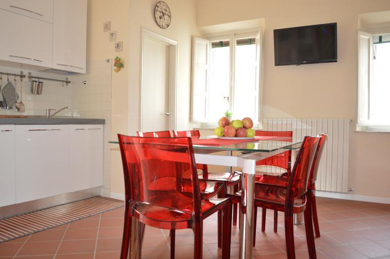 Cucina / Soggiorno con tv e aria condizionata