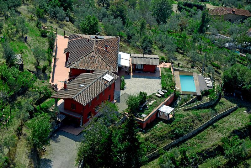 La Maison Rouge, location de vacances à Castelfranco Piandisco