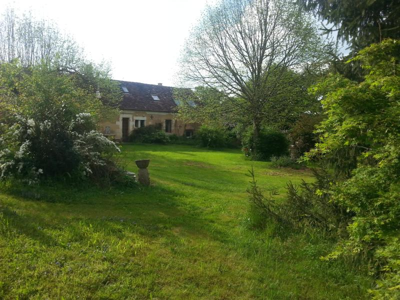 LE CLAU DES CERISIERS en PERIGORD, holiday rental in Bergerac City