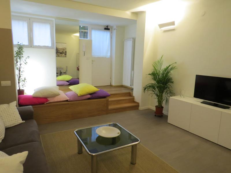 CORSICA - modern and charming apartment, vakantiewoning in San Donato Milanese