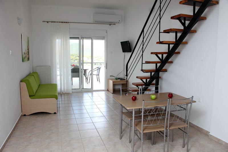 Pelagos View Green, aluguéis de temporada em Symvoli
