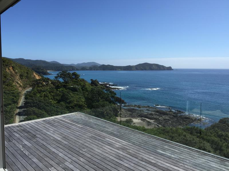 Little Taupiri - Stunning Views on the Coast, location de vacances à Bay of Islands