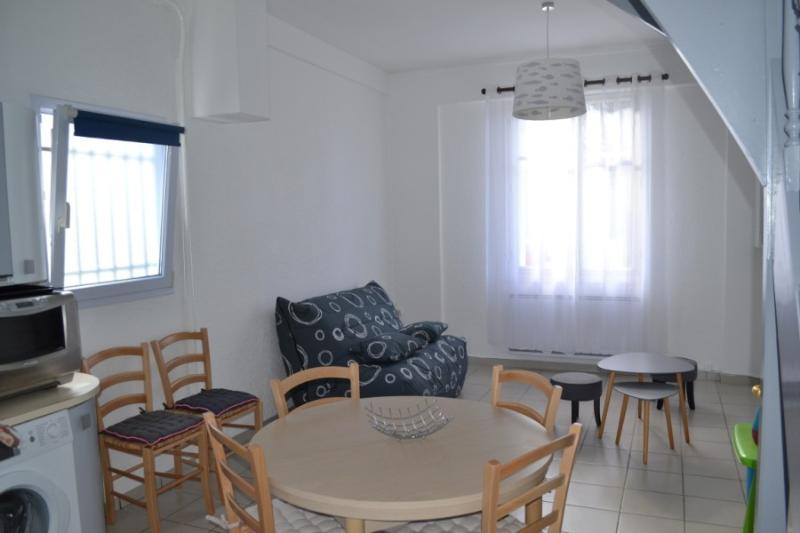 Maison 4 pers, 300m plage,50m marché, semaine / WE, holiday rental in La Jarrie