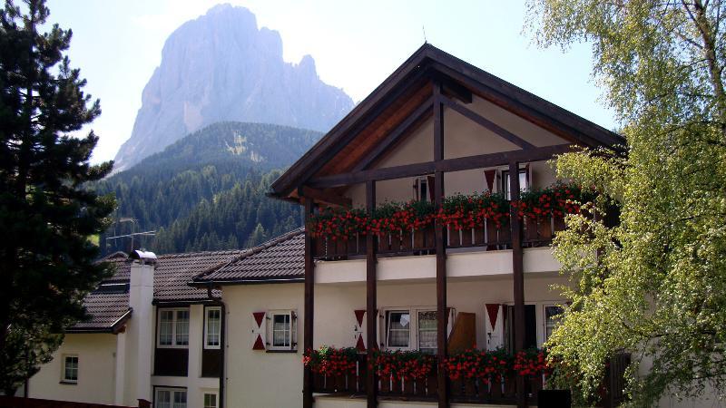 CASA METZ, Santa Cristina di Val Gardena (BZ), casa vacanza a Selva di Val Gardena