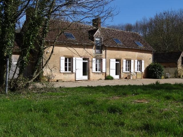 LA PETITE SAUVAGERE / 20 minutes from 24 hours racing circuit, holiday rental in Domfront-en-Champagne