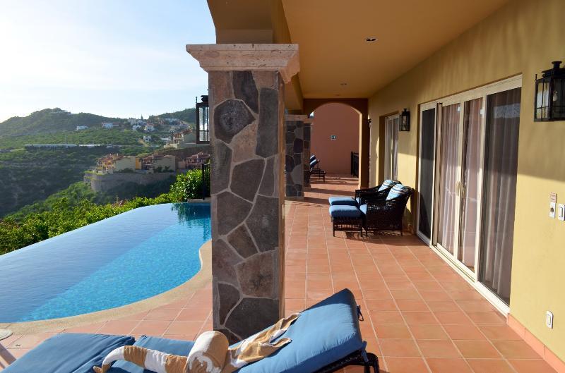 Lower pool terrace of villa 110